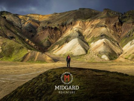 midgard_adventure_man_cliff